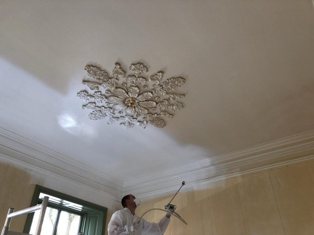 Plafond gespoten met Vista Aqua BO-KH - Schildersbedrijf Dreijer Beerta
