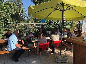 Barbecue pensioenfeest voor Johan Wortelboer Schildersbedrijf Dreijer Beerta